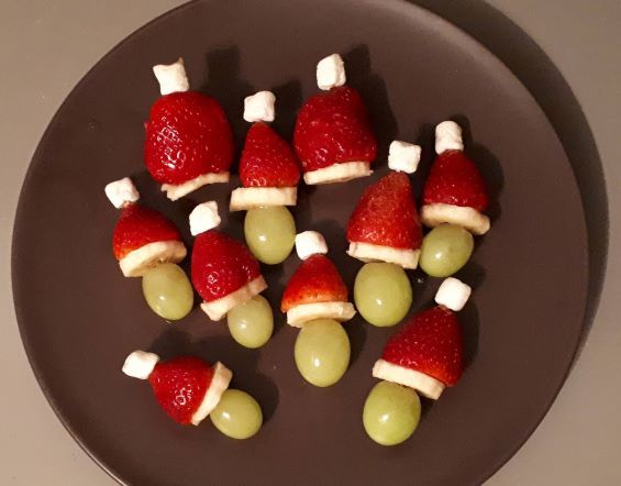 one of the activities to do in december with kids is to make healthy snacks